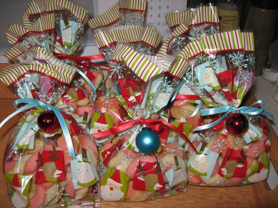 Small Christmas Gifts.Small Christmas Gifts For Coworkers Easy Craft Ideas