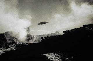 a spaceship landing on jupiter - photo #4