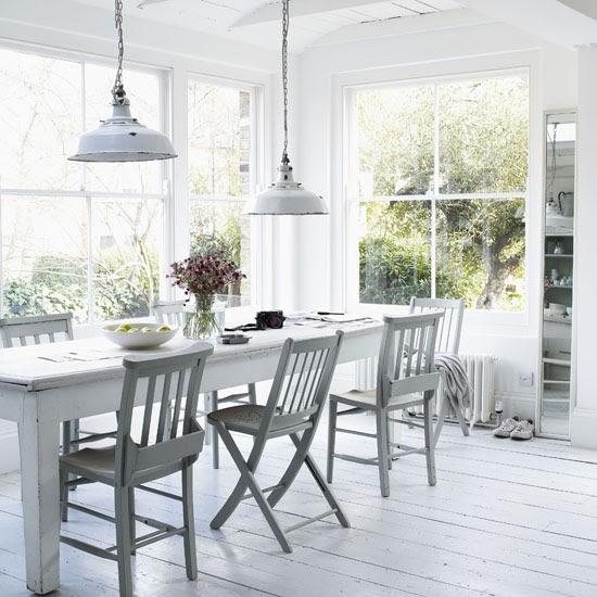Rustic Dining Room Design: White Rustic Dining Room