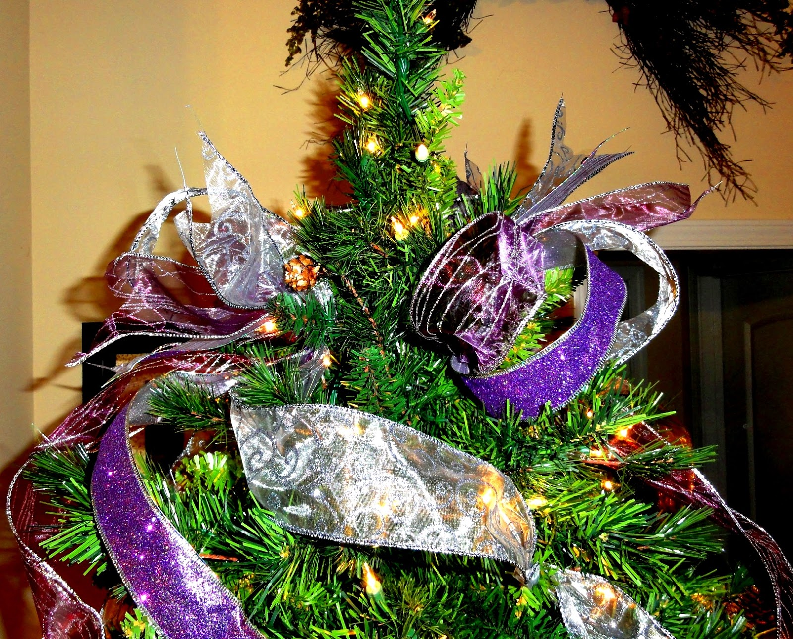 Cheri Quite Contrary: How To Use Ribbon To Decorate Your