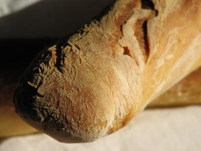 Baguette parisienne ; recette de pain français (Cuisine française) 2