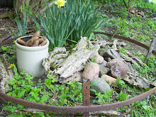 What To Do With Old Wagon Wheel Rims...Make a Mini Garden