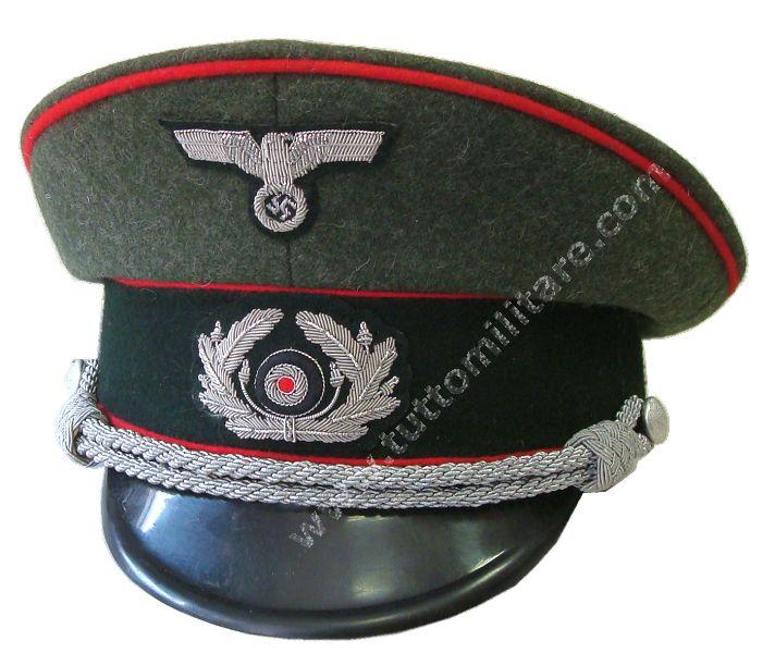 Il berretto da Ufficiale di Artigliera dell Esercito Tedesco qui  raffigurato era in uso agli ufficiali e alle forze armate della riserva e  si distingueva ... 84546887ea5d