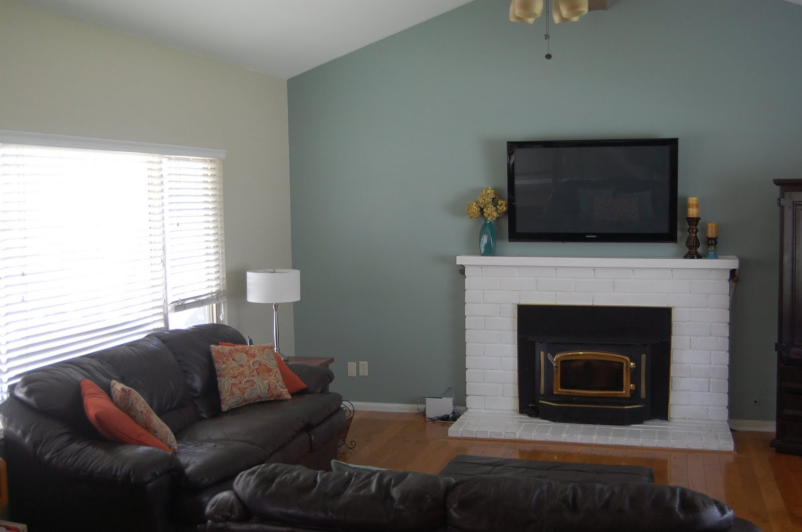 Let S Play Family Room Makeover