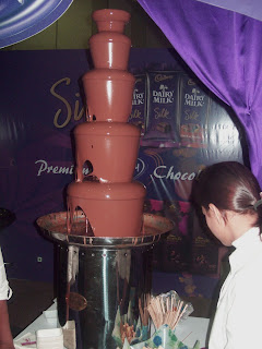 Chocolate Fondue Fountain India: Chocolate Fountain at Cadburys, in