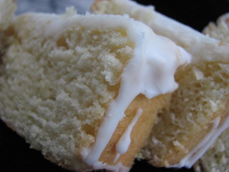 Oprah Lemon Sour Cream Pound Cake