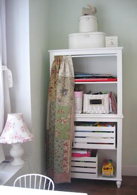 Como-mudar-o-visual-de-um-armário-em-pouco-tempo?