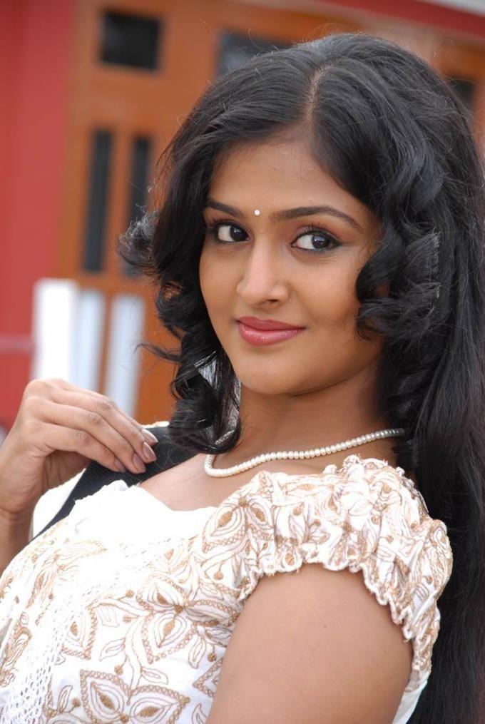 Shreya nude sex photos