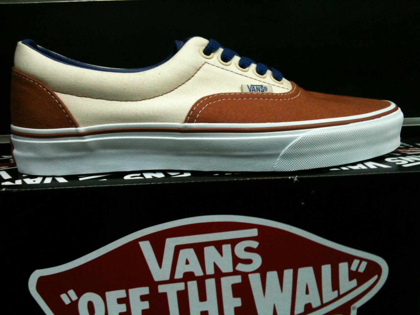 835d7740b7 The Vans Era is an update of the Authentic and was made legendary by Tony  Alva and the Dogtown crew. The Era became skateboarding s first shoe way  back in ...
