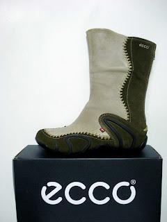 5e85953db restos de colecção sapatos ecco: bota de senhora sharp- verde seco ...