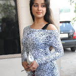 Madhurima tollywood actress in pretty scurt stills