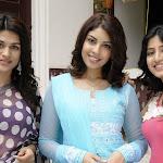 Nagavalli telugu movie heroins latest stills