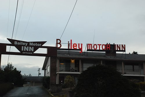 Boxes In The Attic Bailey Motor Inn Olympia Wa October