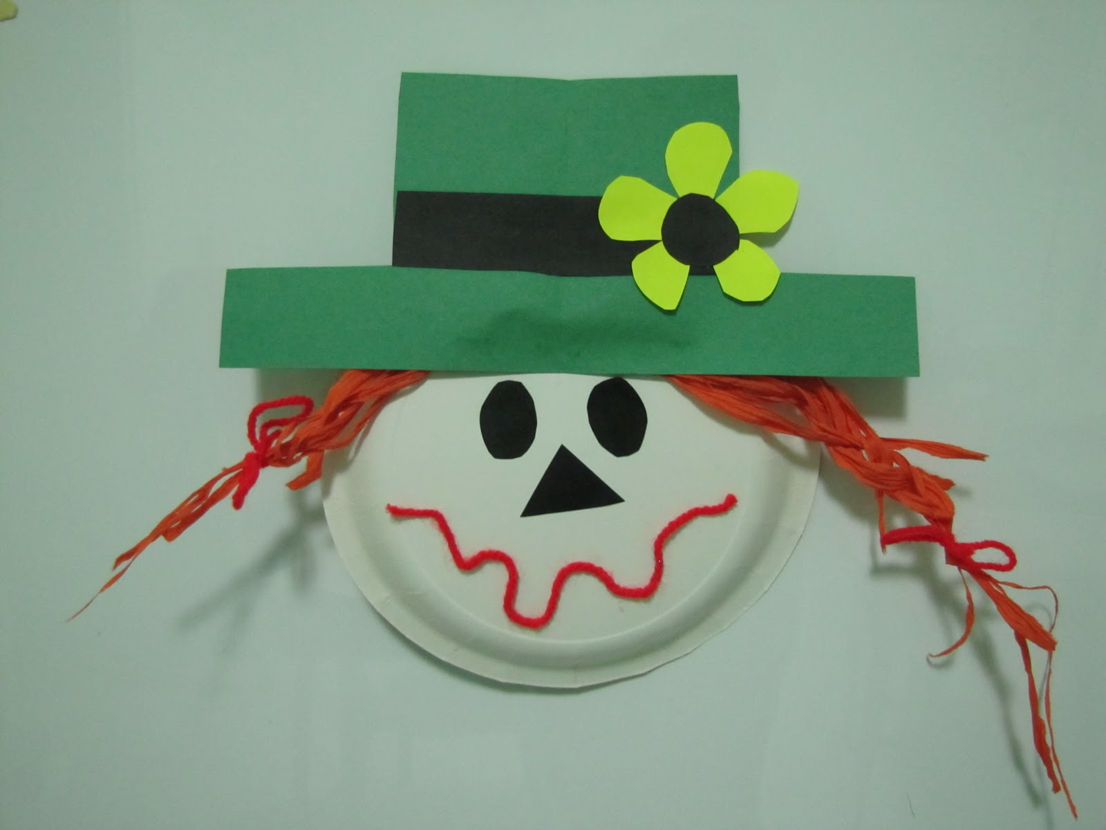 Displaying 14> Images For - Paper Plate Scarecrow...