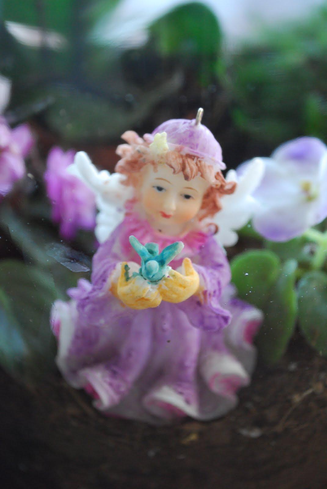 Isabelle Thornton Le Chateau Des Fleurs Garden Under Glass Or