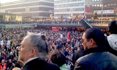Stockholm demo 2010-10-04