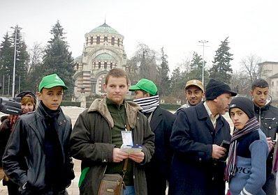 Pleven: Libyans praying #2