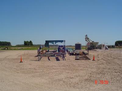 Trabajos de Estudio de Suelos, dfoto donde se ve una máquina perforadora para estudio de suelos
