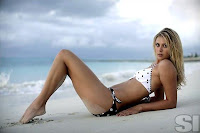 Sharapova featured on Sports Ilustrated calendar in a swimsuit