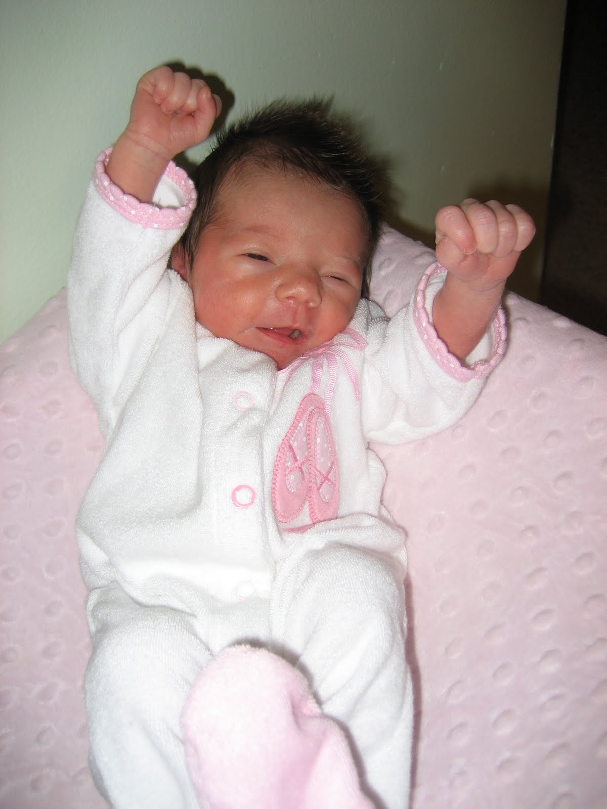 loopie lunds our baby girl is 1 week old