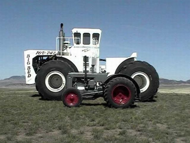Big Bud 747 >> The World's Biggest Farm Tractor ~ Damn Cool Pictures