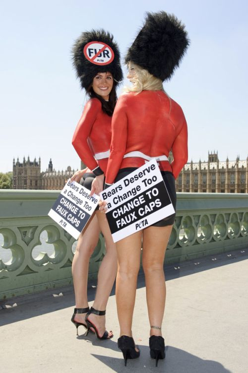 Peta Demo Against Bearskin Hats in London ~ Damn Cool Pictures