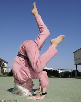 cool pics 13 bette calman  the yoga super granny