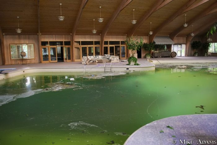Mike Tyson S Abandoned Mansion Damn Cool Pictures