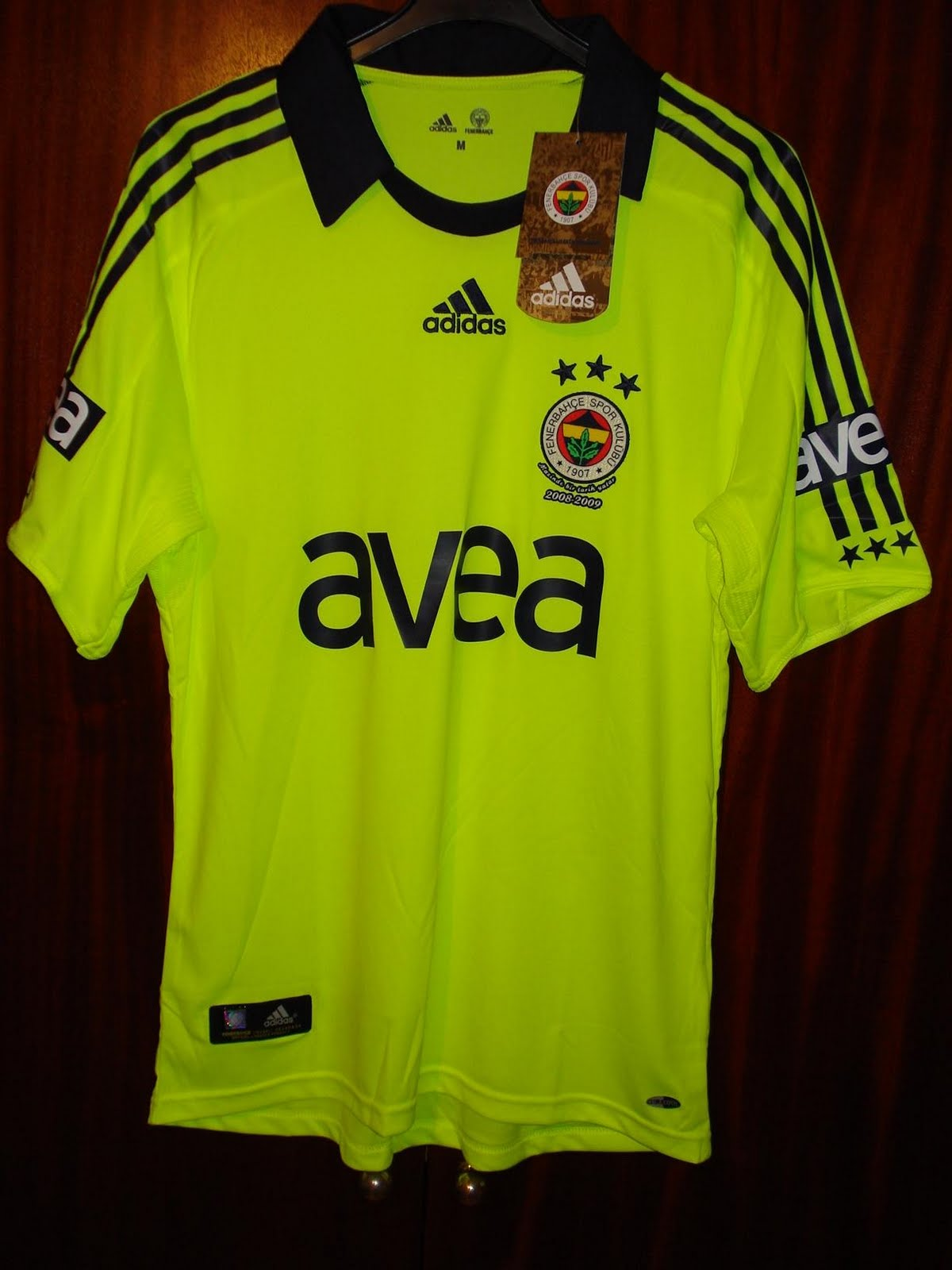 b2413fdf2 camiseta del Fenerbahce de Turquia en color amarilla fosforita