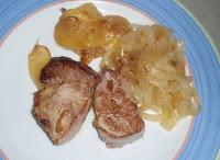 solomillo de cerdo con cebolla y manzana