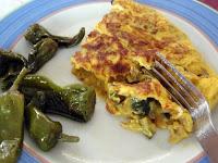 tortilla con calabacín y cebolla