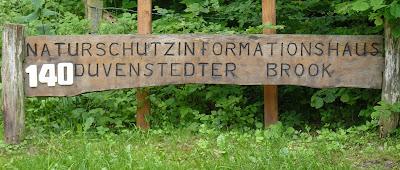 Duvenstedter Brook, Schild vom Naturschutzinformationshaus