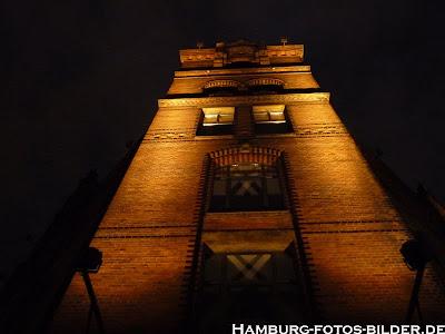 Speicherstadt, Hamburg, Nacht, beleuchtetes Haus