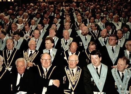 Freemasons For Dummies: Europe: LinkedIn vs. Freemasonry?