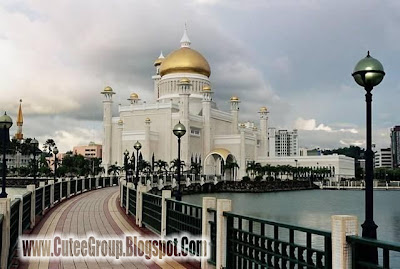 The Way Of Palace of Sultan Brunei