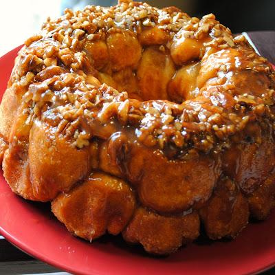 Homemade By Holman Apple Cinnamon Monkey Bread