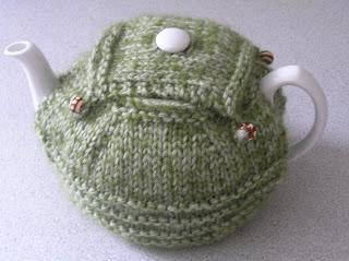 Lollipop Knits Tea Cosy Pattern Freebie