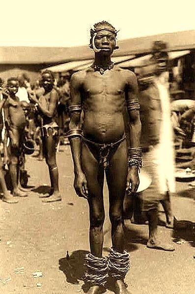 AFRIBOYZ - Garçons et Hommes Noirs Africains Nus,