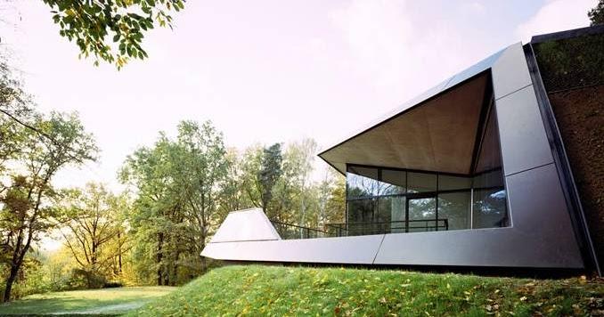 Arquitectura de casas una residencia ultramoderna en for Casa ultramoderna