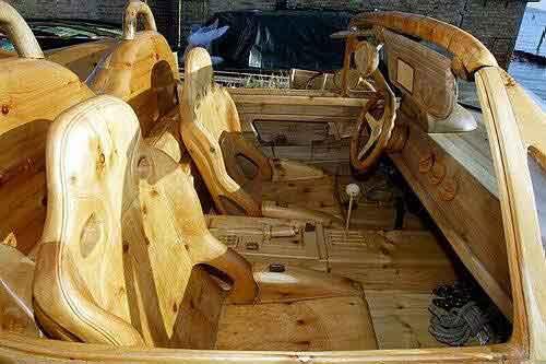 Auto de madera
