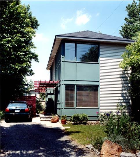 Presland Road casa urbana contemporánea en Canadá
