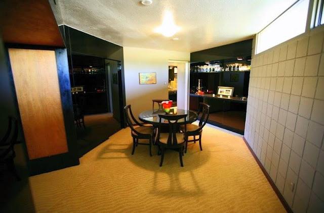 Comedor en residencia Mid Century en Phoenix, Arizona