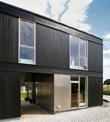Casa modular contemporánea de dos plantas en Dinamarca