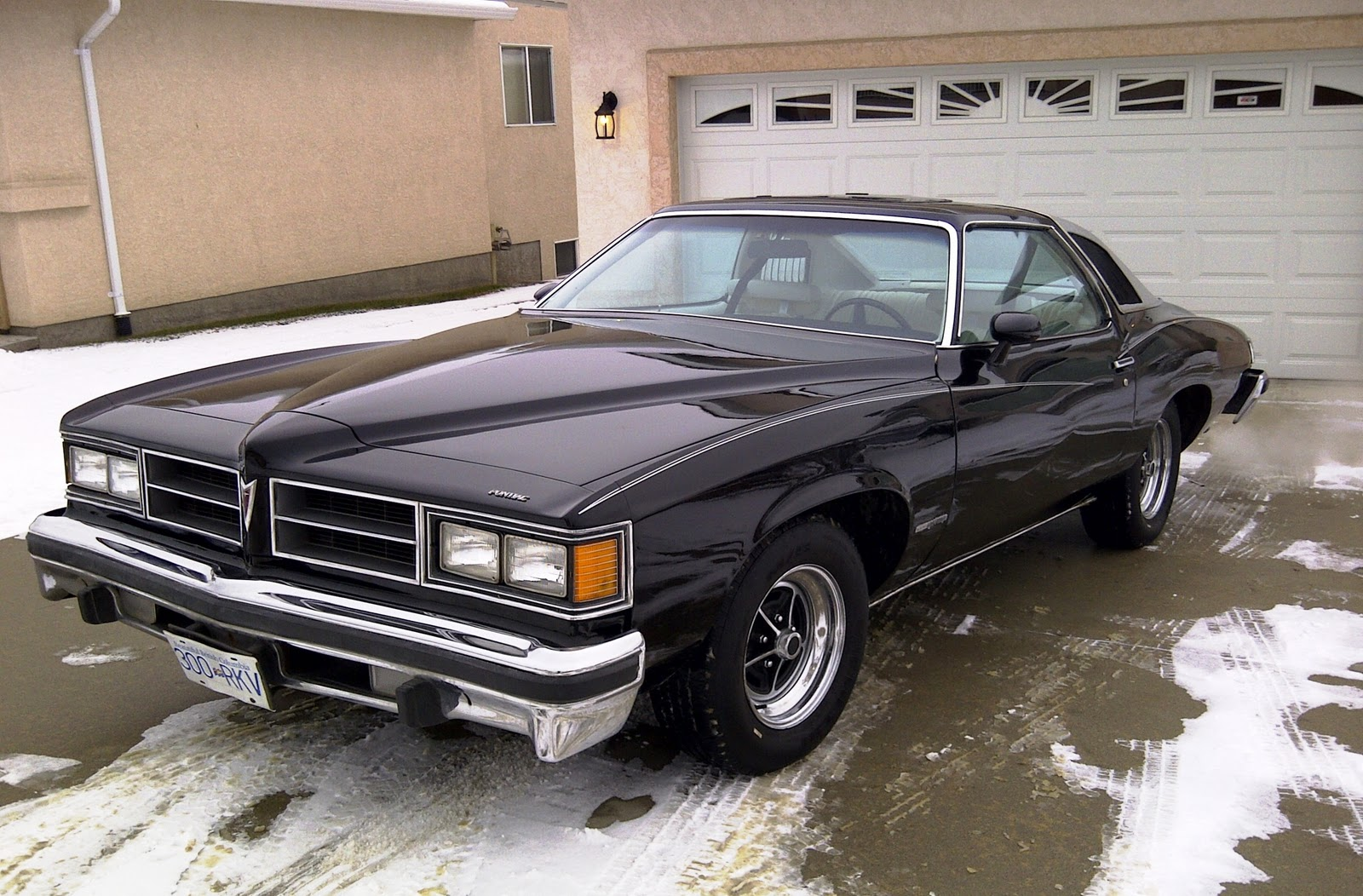 pontiac lemans sport coupe 1976 lemans