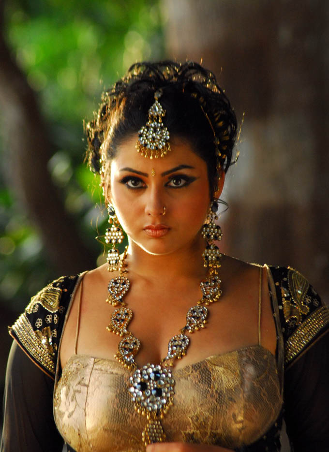 Namitha Spicy Hot Pics in Jewels | haipics