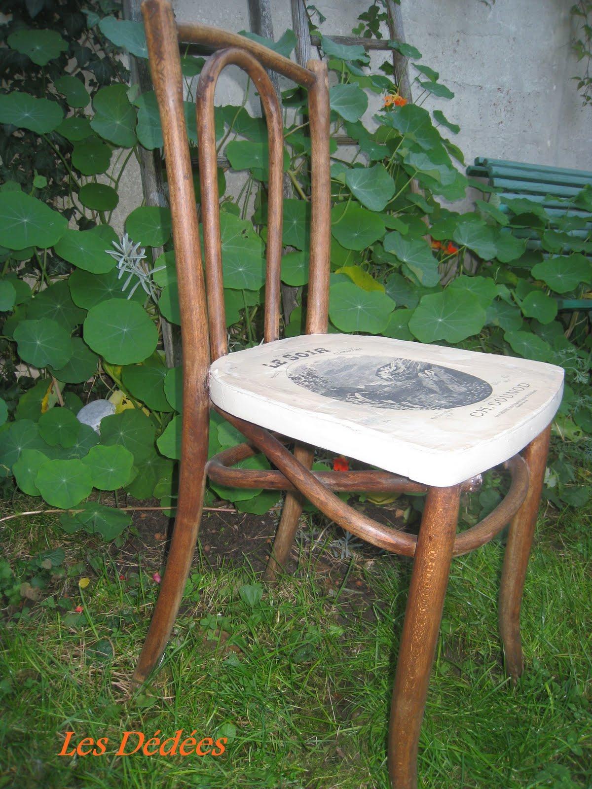 Les Dedees Vintage Recup Creations Chaise Musicale By Anne Tabouret Personnalisé