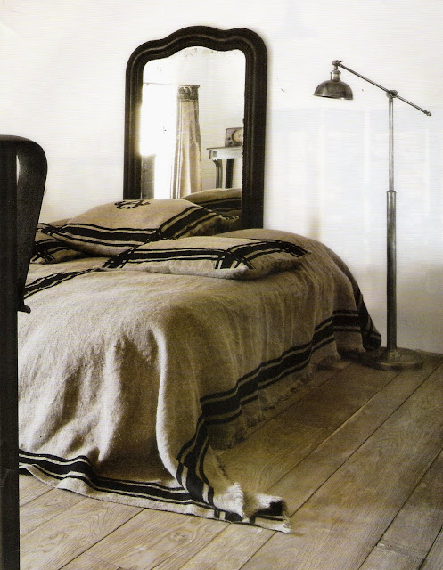 Anne Becker Linens Paris, image via Côté Ouest as seen on linenandlavender.net