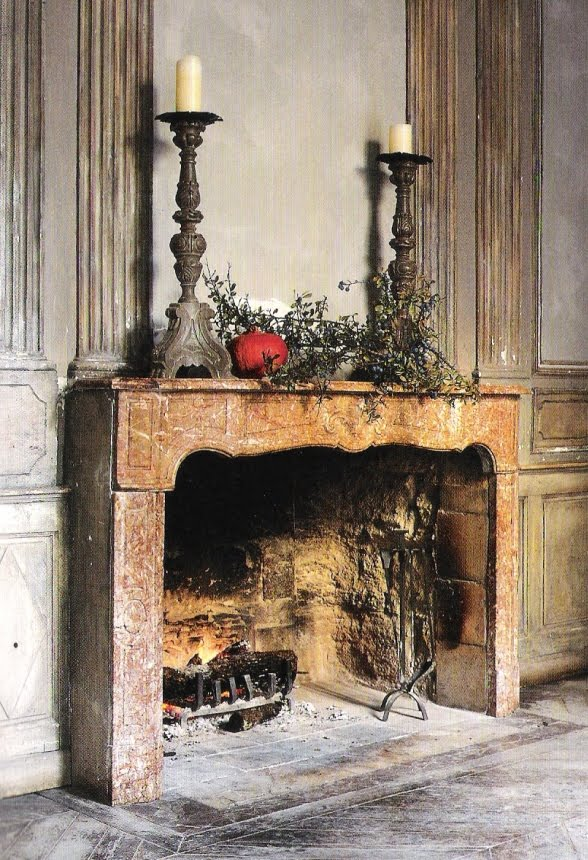 French Home by Josephine Ryan, fireplace surround et boiserie, edited by lb for l&l