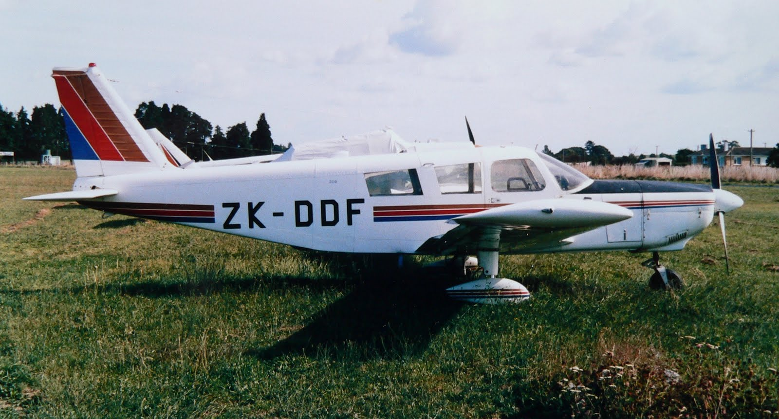 NZ Civil Aircraft: Cherokee Six's ZK-DDF and ZK-EKS