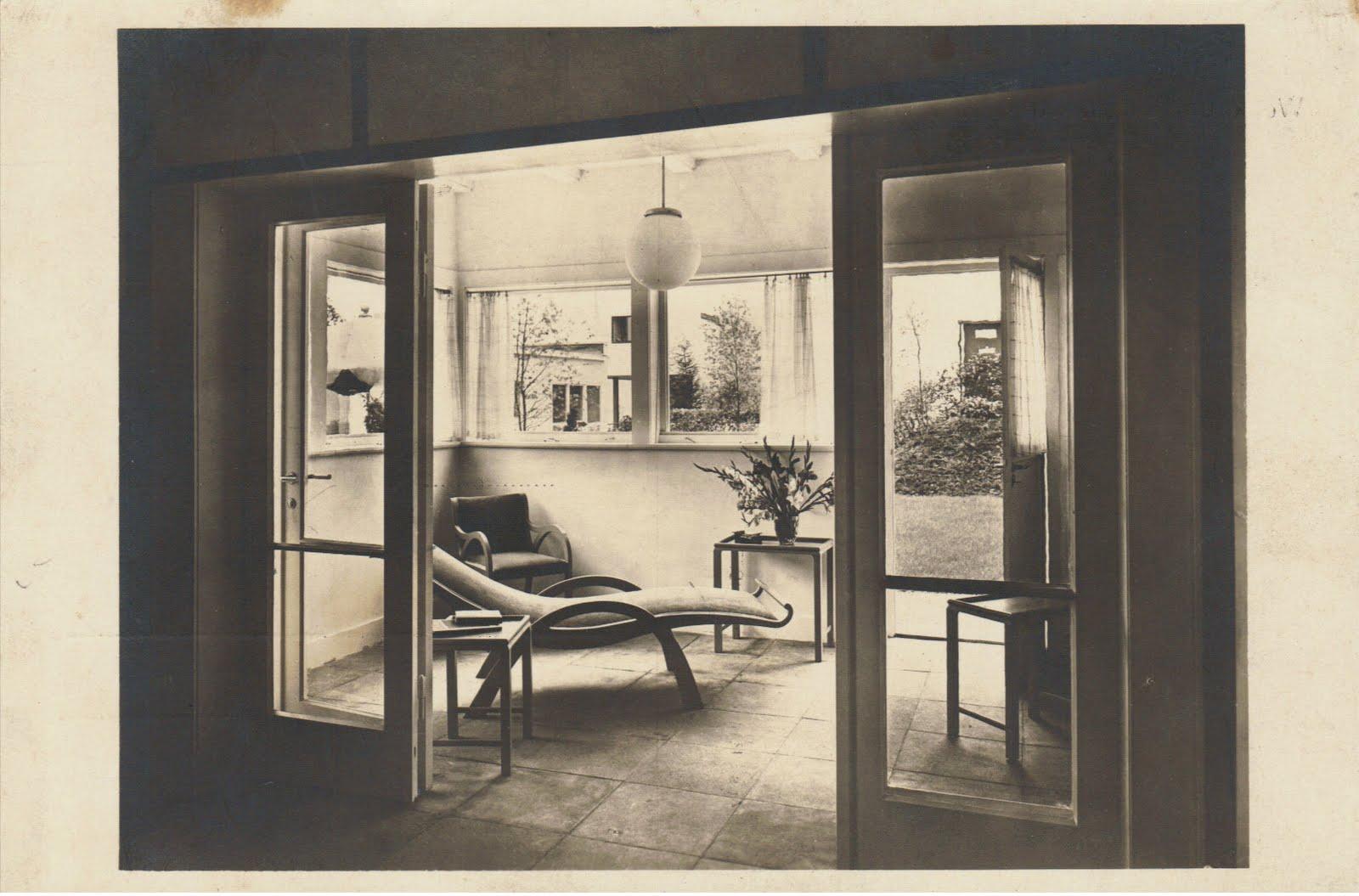 postales inventadas making up postcards 516 werkbund ausstellung die wohnung stuttgart 1927. Black Bedroom Furniture Sets. Home Design Ideas